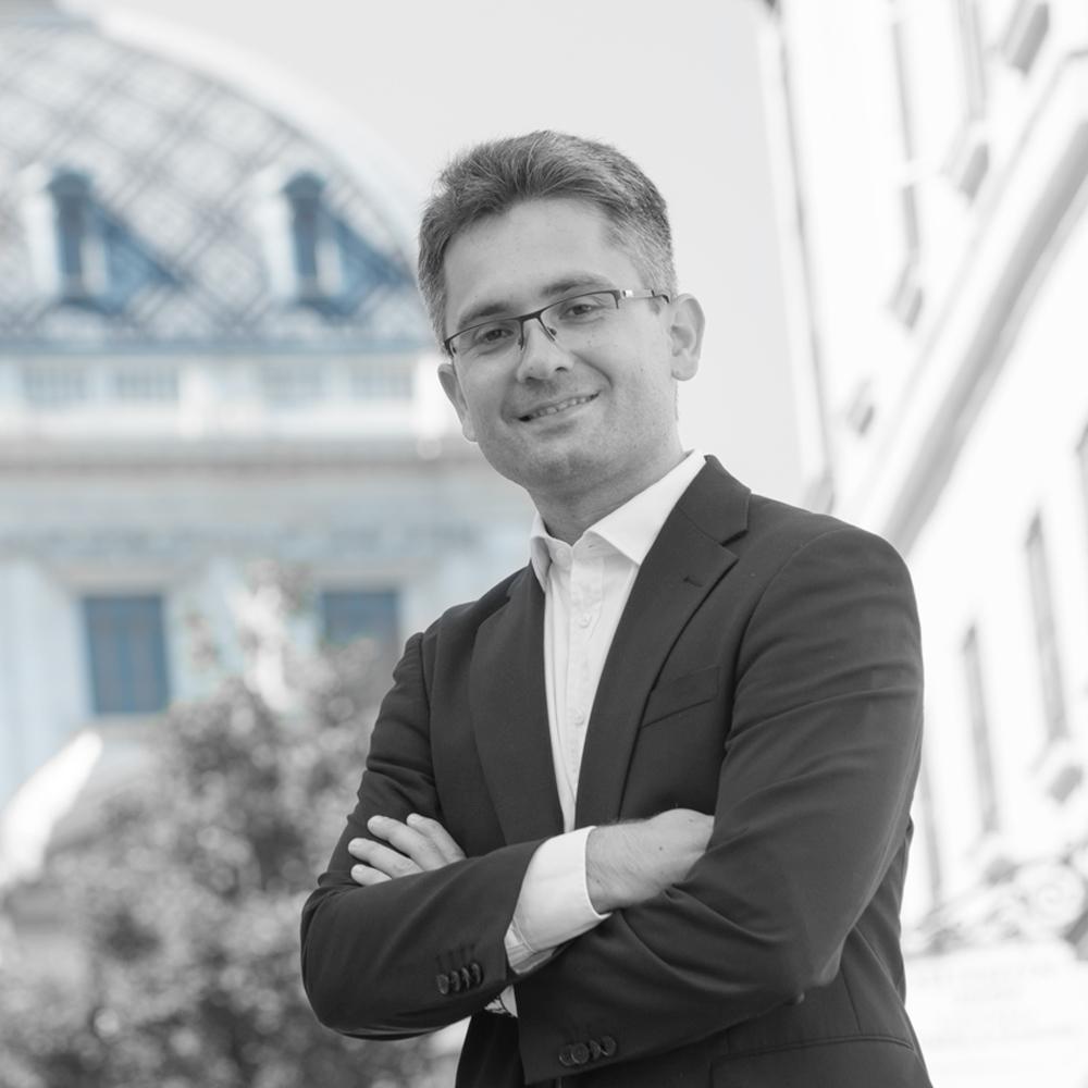 Dr. Christoph Gratl